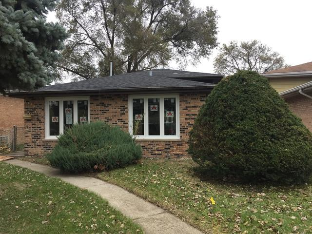 13905 S Hoxie Avenue, Burnham, IL 60633 (MLS #09957143) :: The Dena Furlow Team - Keller Williams Realty