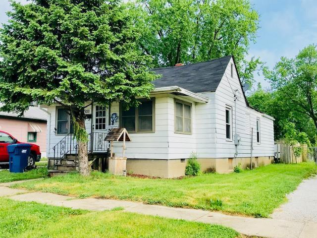 906 W Main Street, Hoopeston, IL 60942 (MLS #09957364) :: Ani Real Estate