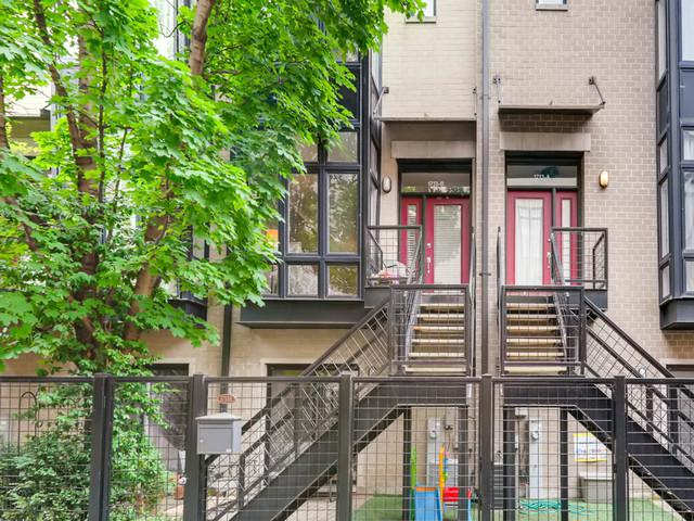 1713 W Diversey Parkway B, Chicago, IL 60614 (MLS #09957890) :: Littlefield Group