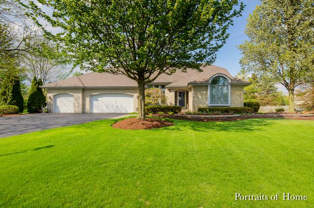 28W320 Picardy Court, Winfield, IL 60190 (MLS #09958095) :: The Jacobs Group