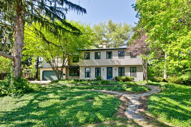 35W770 Park Lane, St. Charles, IL 60175 (MLS #09958128) :: MKT Properties | Keller Williams