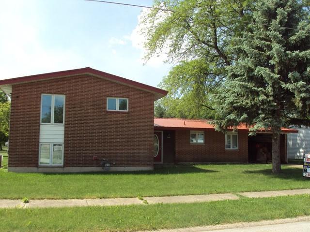 1551 South Pointe Drive, Rantoul, IL 61866 (MLS #09959355) :: MKT Properties | Keller Williams