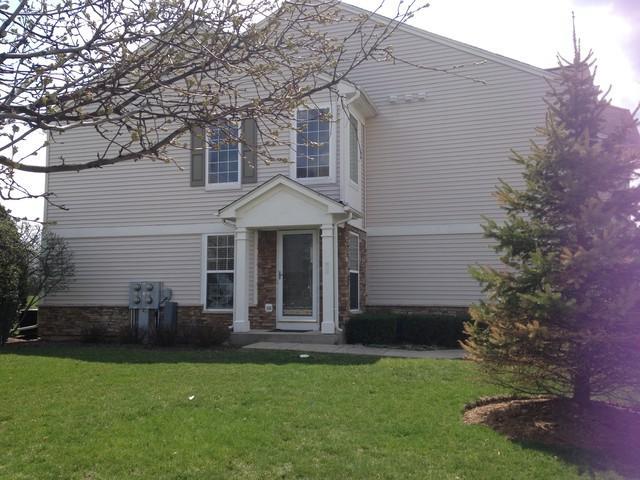 651 Pointe Drive, Crystal Lake, IL 60014 (MLS #09959445) :: Lewke Partners