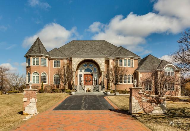 2 Beacon Hill Drive, South Barrington, IL 60010 (MLS #09959592) :: The Jacobs Group