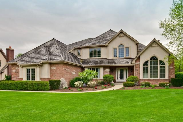 1325 Vineyard Lane, Libertyville, IL 60048 (MLS #09959846) :: The Dena Furlow Team - Keller Williams Realty