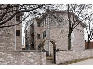5401 N Milwaukee Avenue 1B, Chicago, IL 60630 (MLS #09959848) :: The Saladino Sells Team