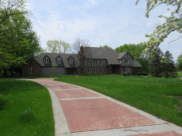 6 Blanchard Circle, South Barrington, IL 60010 (MLS #09960472) :: The Jacobs Group