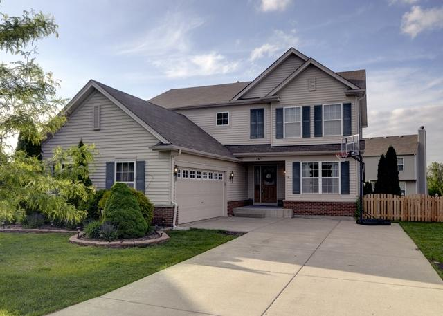 7813 Scarlett Oak Court, Plainfield, IL 60586 (MLS #09960644) :: Lewke Partners