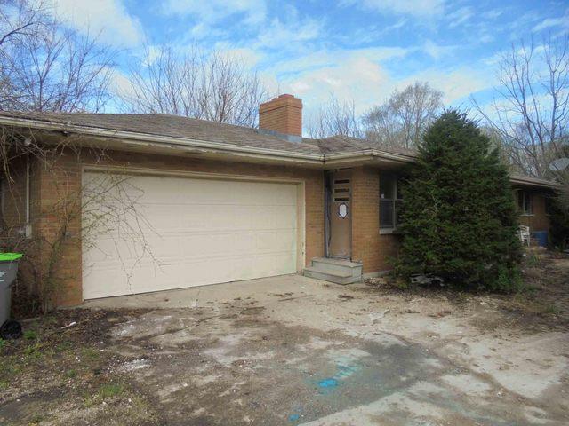65 N Somonauk Road, Cortland, IL 60112 (MLS #09961113) :: Ani Real Estate