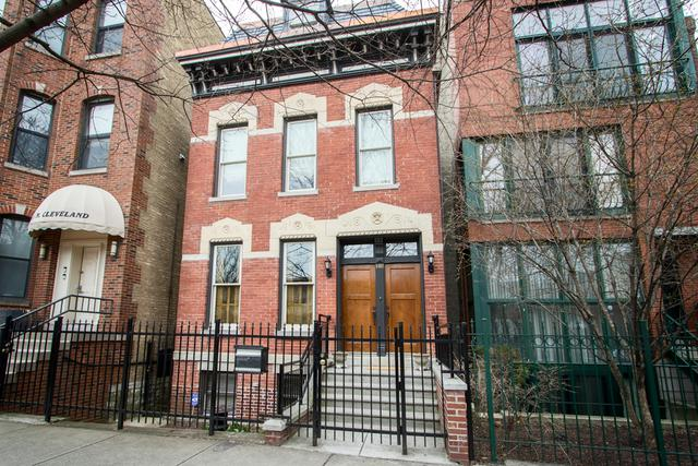 1418 N Cleveland Avenue, Chicago, IL 60610 (MLS #09961379) :: Property Consultants Realty