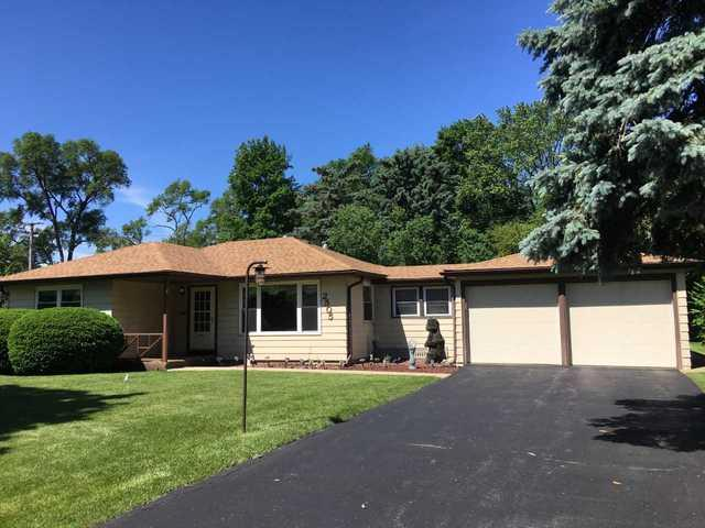 2505 Dove Street, Rolling Meadows, IL 60008 (MLS #09962245) :: The Dena Furlow Team - Keller Williams Realty