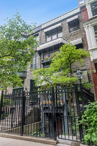 56 E Elm Street, Chicago, IL 60611 (MLS #09962249) :: Property Consultants Realty