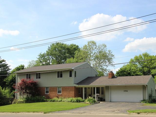 1752 W Stephenson Street, Freeport, IL 61032 (MLS #09962250) :: Key Realty