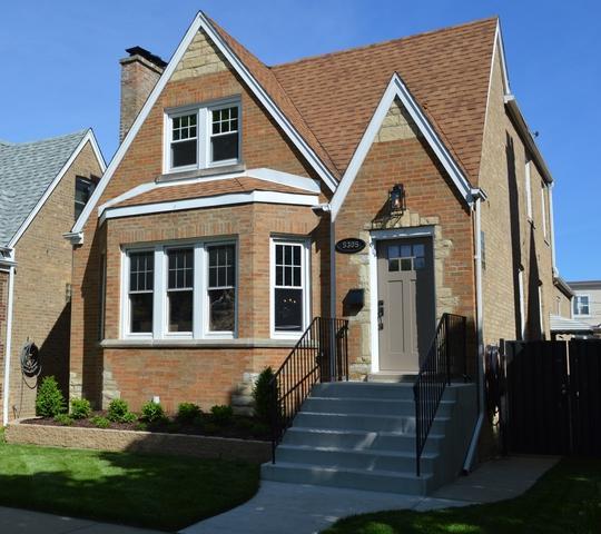 5305 N Lockwood Avenue, Chicago, IL 60630 (MLS #09962431) :: The Saladino Sells Team