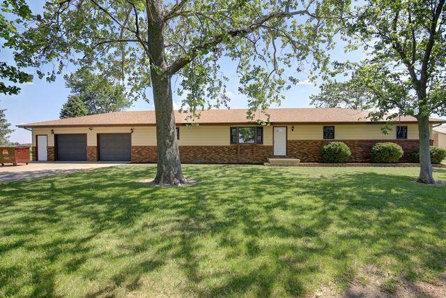485 E Cr 300 N, Gibson City, IL 60936 (MLS #09962756) :: Ryan Dallas Real Estate
