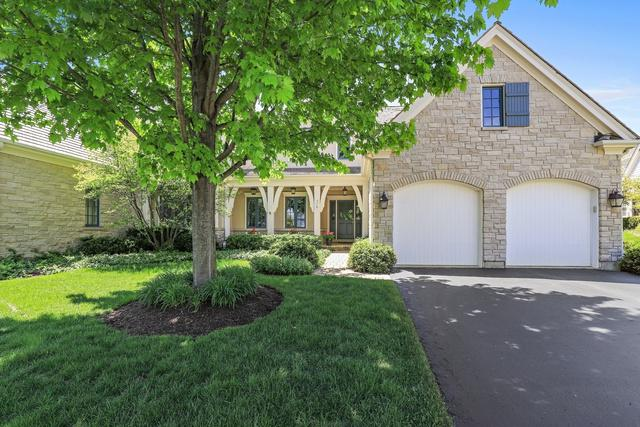 576 Greenway Drive, Lake Forest, IL 60045 (MLS #09963035) :: The Perotti Group