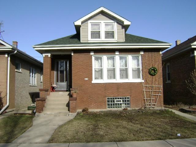6150 W Cornelia Avenue, Chicago, IL 60634 (MLS #09963161) :: The Saladino Sells Team