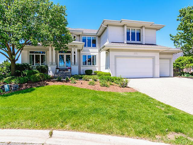13258 Lakepoint Drive, Plainfield, IL 60585 (MLS #09963424) :: Angie Faron with RE/MAX Ultimate Professionals