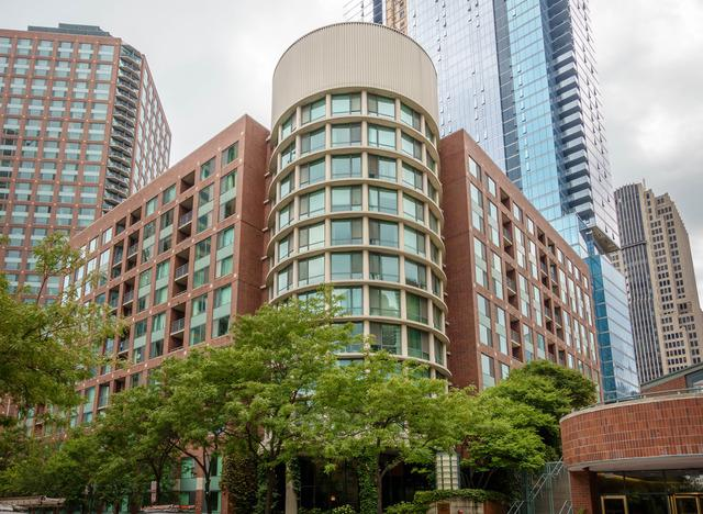 440 N Mcclurg Court #318, Chicago, IL 60611 (MLS #09964338) :: The Spaniak Team
