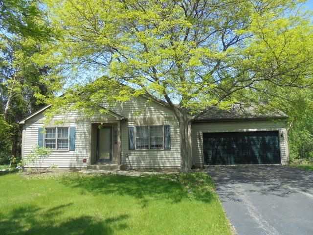 514 Carriage Hill Road, Island Lake, IL 60042 (MLS #09967766) :: The Dena Furlow Team - Keller Williams Realty