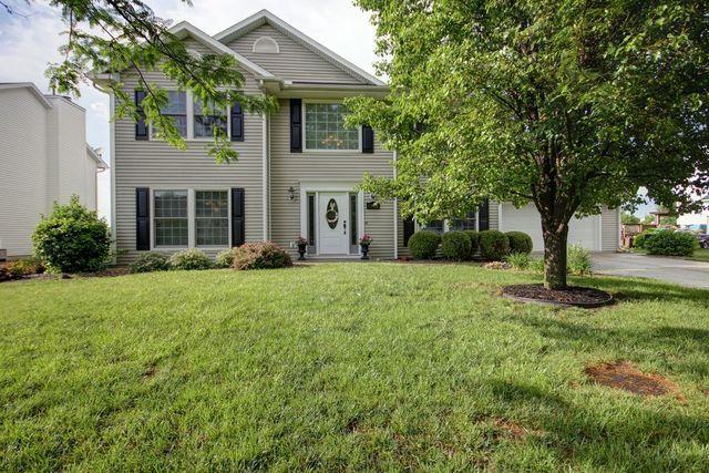 1502 Locust Drive, ST. JOSEPH, IL 61873 (MLS #09969113) :: Ryan Dallas Real Estate