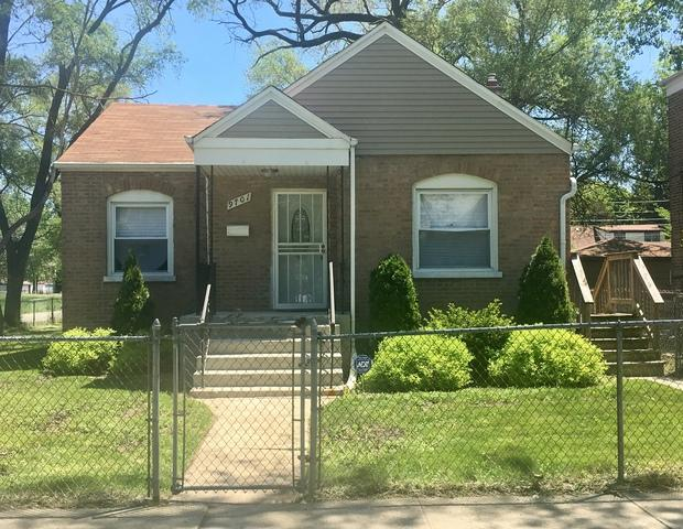 9701 S Dobson Avenue, Chicago, IL 60628 (MLS #09969156) :: Ani Real Estate