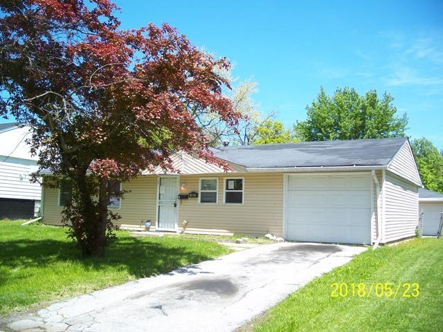 107 N Walnut Lane, Glenwood, IL 60425 (MLS #09969480) :: The Dena Furlow Team - Keller Williams Realty