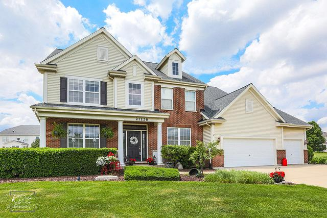 21226 Wynstone Drive, Shorewood, IL 60431 (MLS #09969832) :: Lewke Partners