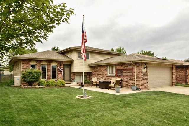 15624 Lorel Avenue, Oak Forest, IL 60452 (MLS #09969901) :: Lewke Partners