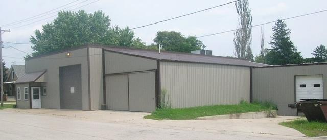 140 Wahlgren Avenue, Hinckley, IL 60520 (MLS #09970029) :: Ani Real Estate