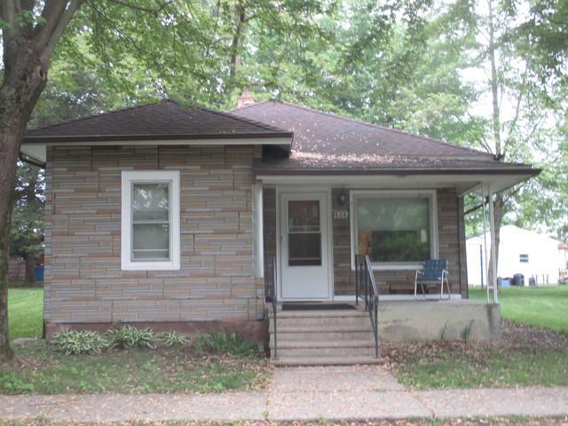 606 S Elm Street, VILLA GROVE, IL 61956 (MLS #09971409) :: Berkshire Hathaway HomeServices Snyder Real Estate