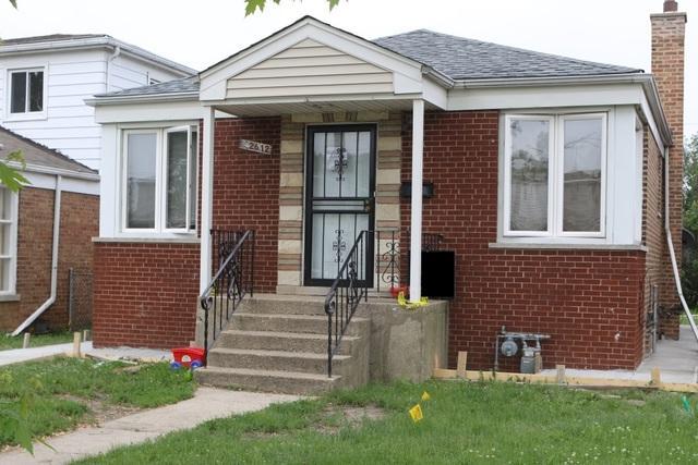 12612 S Laflin Street, Calumet Park, IL 60827 (MLS #09973120) :: The Dena Furlow Team - Keller Williams Realty