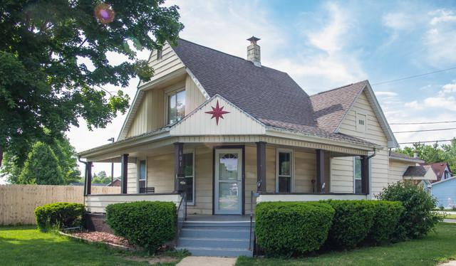 601 Cunningham Avenue, Danville, IL 61832 (MLS #09974511) :: The Dena Furlow Team - Keller Williams Realty