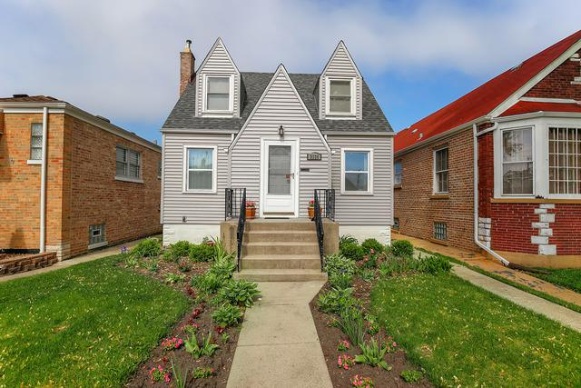 3226 N Ozark Avenue, Chicago, IL 60634 (MLS #09975377) :: Littlefield Group