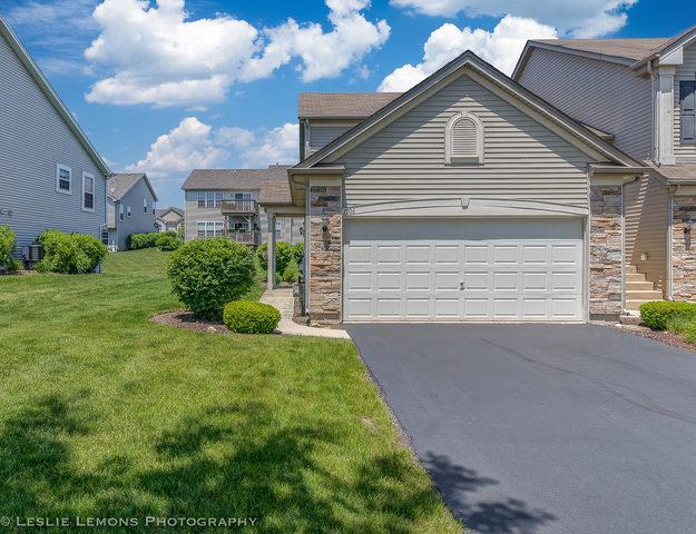 1706 Fieldstone Drive S #1706, Shorewood, IL 60404 (MLS #09975443) :: Lewke Partners