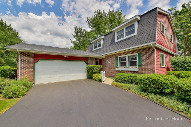 1652 Clyde Drive, Naperville, IL 60565 (MLS #09975879) :: Lewke Partners