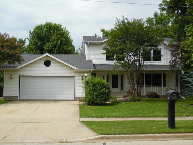 719 Freed Road, Sycamore, IL 60178 (MLS #09976887) :: Lewke Partners