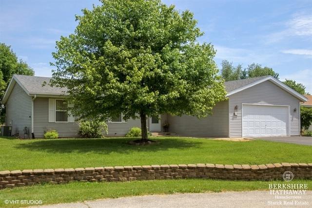 105 Harvest Moon Trail, Capron, IL 61012 (MLS #09977554) :: Ani Real Estate
