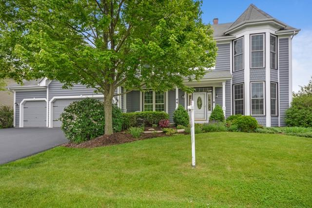 44 Marywood Trail, Wheaton, IL 60189 (MLS #09977573) :: The Jacobs Group