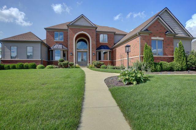 2710 Castlerock Drive, Urbana, IL 61802 (MLS #09977681) :: Lewke Partners