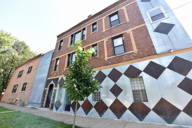 2513 W Hirsch Street, Chicago, IL 60622 (MLS #09978091) :: Property Consultants Realty