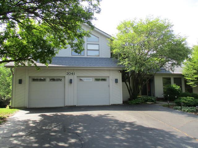 2041 Keim Drive, Naperville, IL 60565 (MLS #09978175) :: Lewke Partners