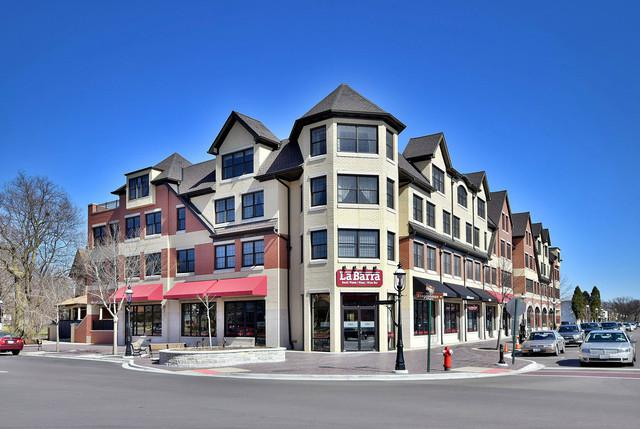 10 E Burlington Street 4A, Riverside, IL 60546 (MLS #09979932) :: The Wexler Group at Keller Williams Preferred Realty