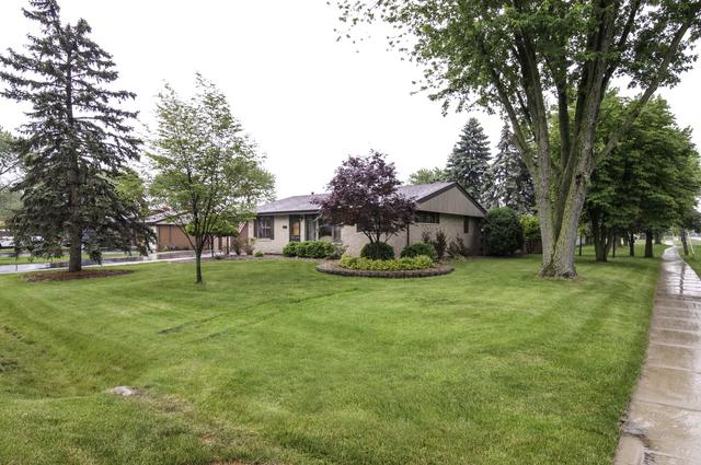 8755 W 96TH Place, Palos Hills, IL 60465 (MLS #09980049) :: The Wexler Group at Keller Williams Preferred Realty