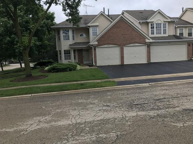 4550 Camden Lane, Hanover Park, IL 60133 (MLS #09980111) :: Lewke Partners