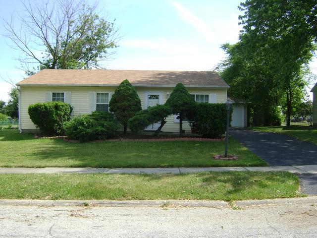 4729 Laurel Drive, Richton Park, IL 60471 (MLS #09980233) :: Lewke Partners
