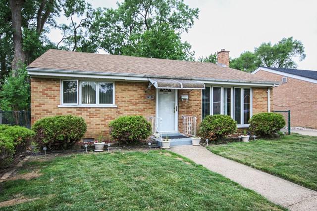 2901 Everett Street, Blue Island, IL 60406 (MLS #09980612) :: Ani Real Estate