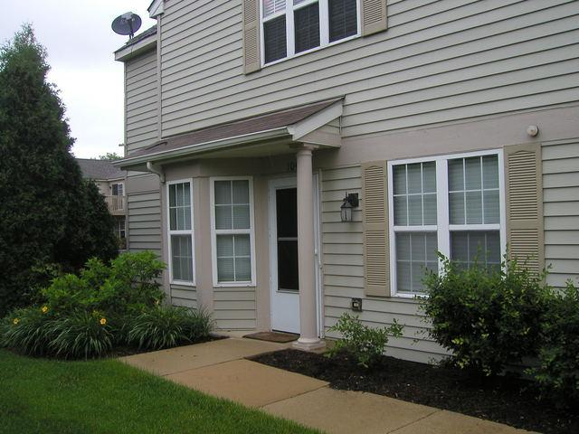 2211 Waterleaf Court #104, Naperville, IL 60564 (MLS #09980637) :: Baz Realty Network | Keller Williams Preferred Realty