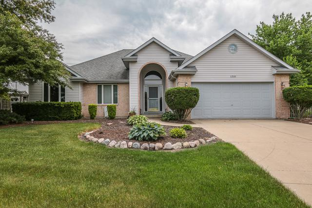 1201 Wales Court, Shorewood, IL 60404 (MLS #09980712) :: The Wexler Group at Keller Williams Preferred Realty