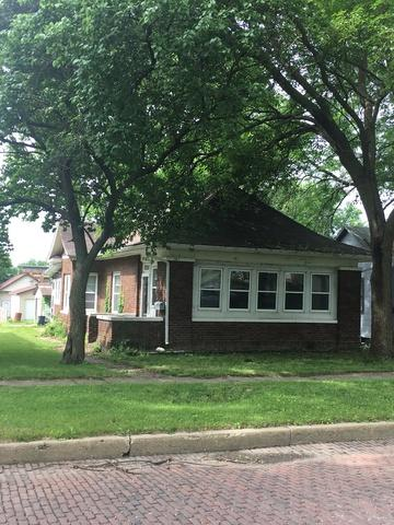 307 W Erie Street, Spring Valley, IL 61362 (MLS #09981266) :: The Dena Furlow Team - Keller Williams Realty